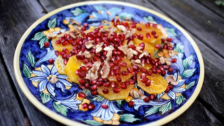 Apelsinsallad med granatäpple Foto: Tomas Tengby / SR