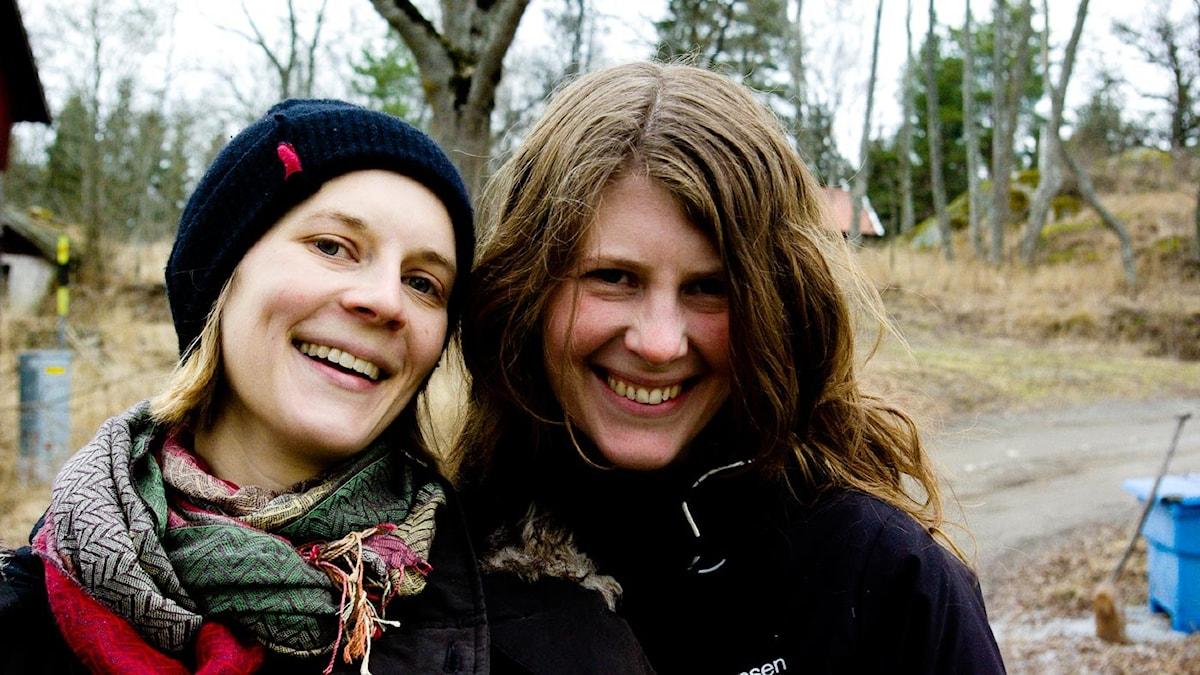 Systrarna Vanda Lönngren och Jana Fröberg.