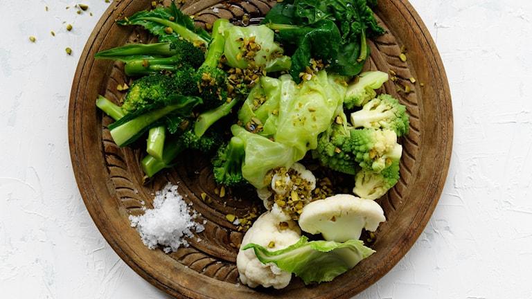 """Exempel på """"blå mat"""" från Ikaria i Grekland. Recept finns nedan."""