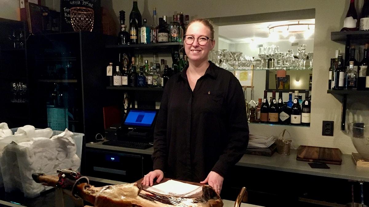 Emma Ziemann, årets servitör 2017, berättar vad en servitör egentligen gör.