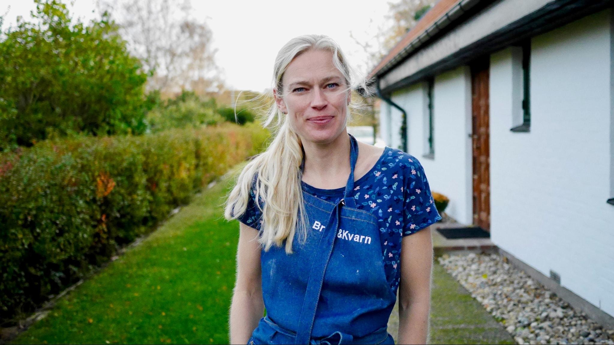 Christine Heger bakar sötebröd på fullkornsmjöl. Finmalet, för fullkorn måste inte vara grovt.