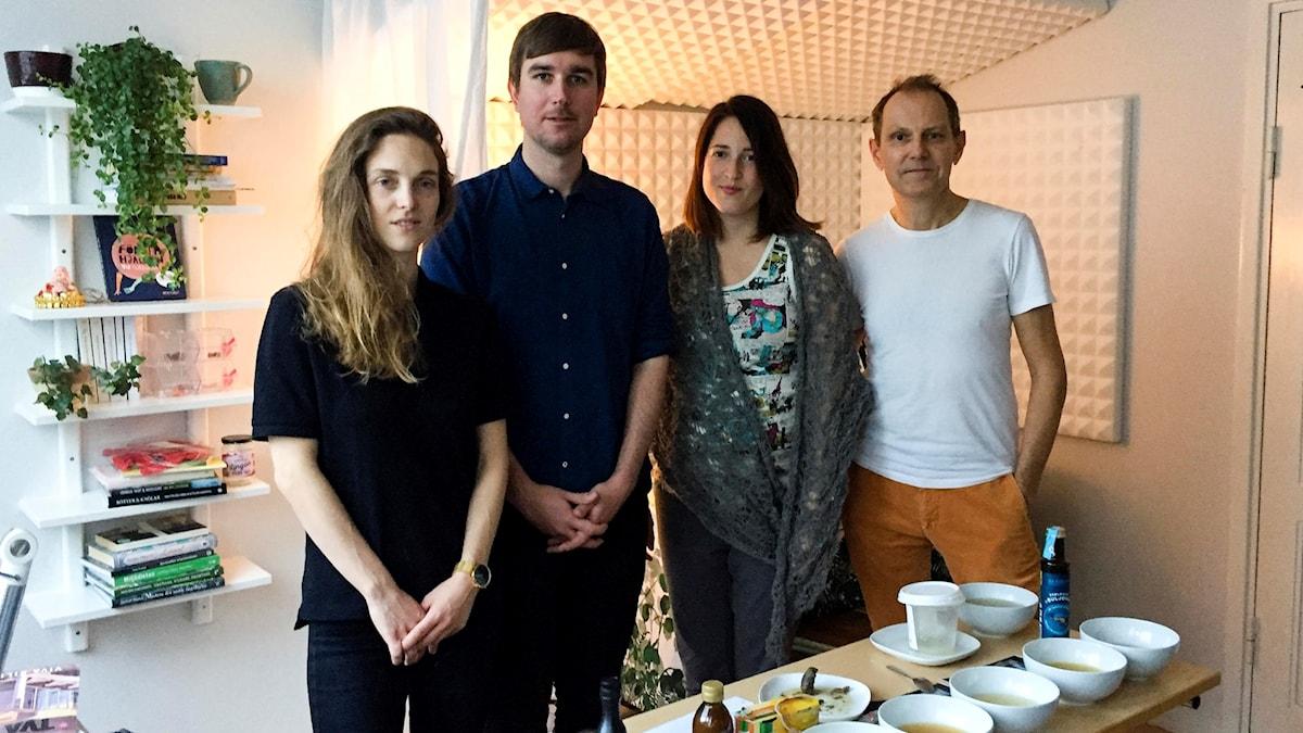 Provsmakarjuryn - Emma Kolback, Pontus Eriksson, och Menys Nina Frogneborn och Tomas Tengby.