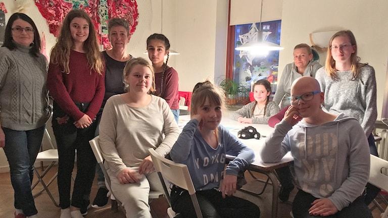 Några som gillar tjejernas egen fritidsgård Tjejloftet i Trelleborg. Foto: Anja Bergdahl/Sveriges Radio.