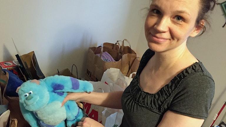 Annika Suikku i Helsingborg ska ordna julhjälp till behövande. Foto: Anna Hanspers/Sveriges Radio.