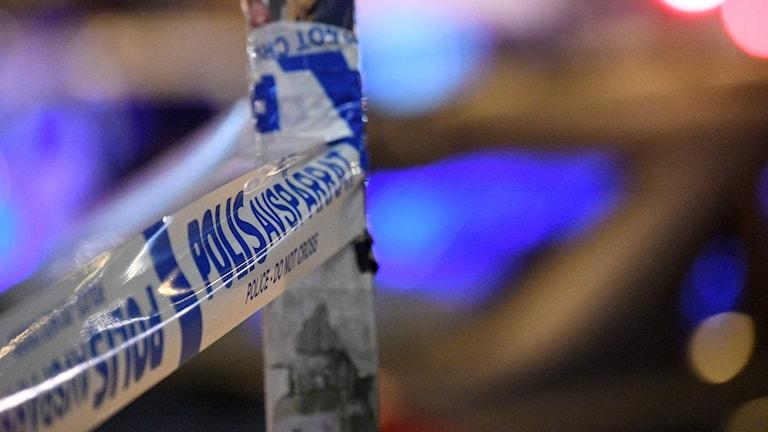 Polis och avspärrning  Foto: Johan Nilsson/TT