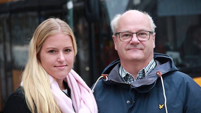 Michaela Johnsson, anfallare och Johan Andersson, klubbchef på LB07