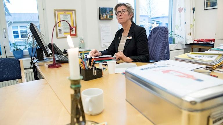 Rektor Margareta Strand Karlsson på expeditionen Alfredshällskolan i Bjärred. Foto: Johan Nilsson/TT