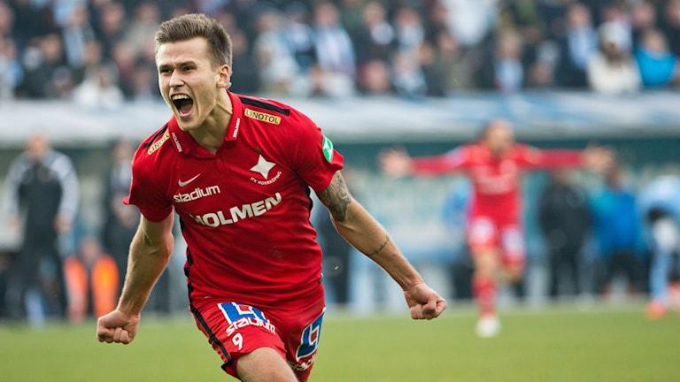 Arnór Ingvi Traustason, tidigare nu i IFK Norrköping, nu i Malmö FF. Foto: Andreas Hillergren/TT.