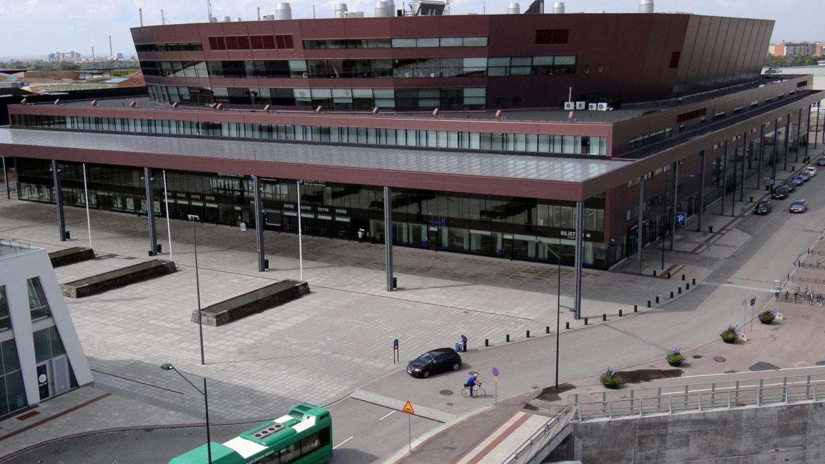 hög klass bisexuell tuttar i Malmö