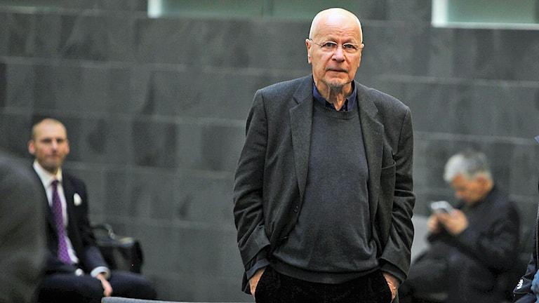 Tidigare överåklagare Sven-Erik Alhem anländer till Hovrätten i Malmö. Foto: Stig-Åke Jönsson/Scanpix