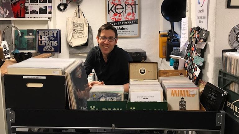 Björn Svensson, vinylbutiksägare.