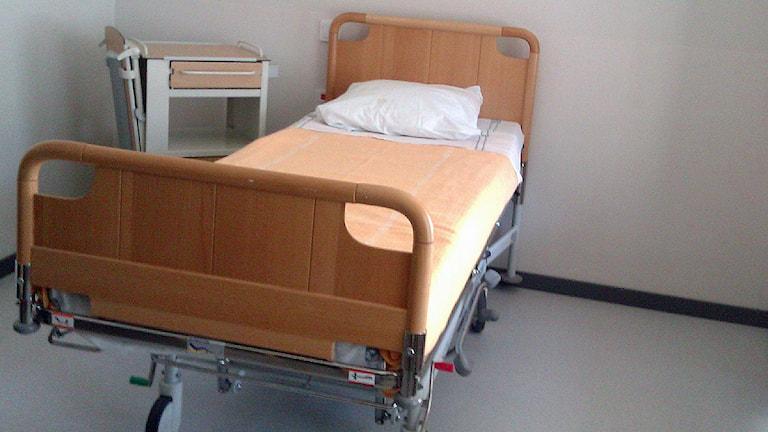 En säng i ett rum i det nya psykiatrihuset i Lund. Foto: Petra Haupt/Sveriges Radio