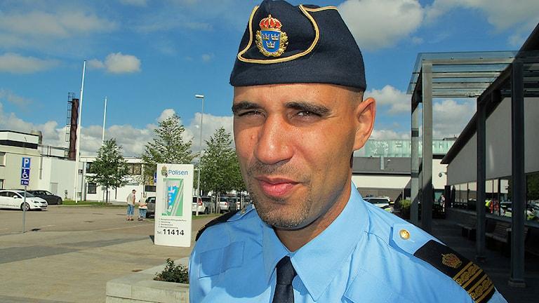 Karim Ottosson, lokalpolisområdeschef i Ängelholm. Foto: Anna Hanspers/Sveriges Radio