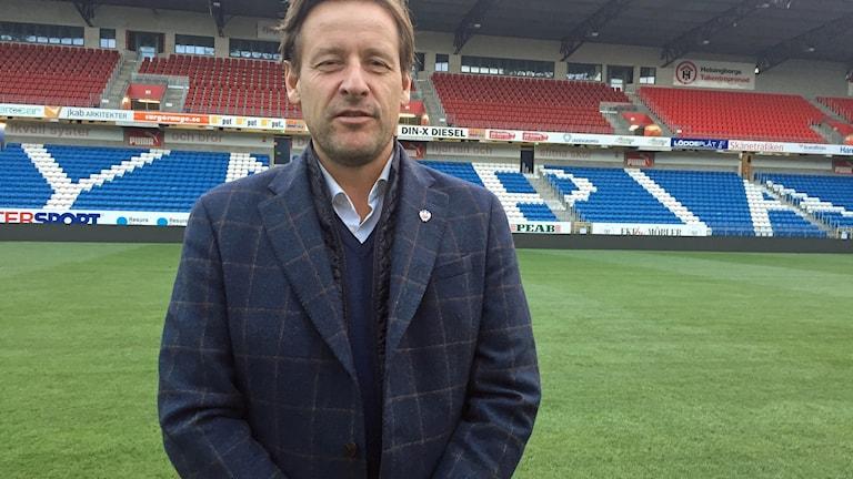 Helsingborgs IF:s klubbdirektör Mats-Ola Schulze. Foto: Anna Hanspers/Sveriges Radio.