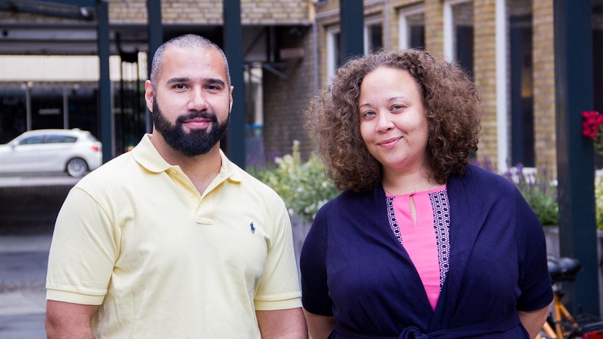 Ali Zamini, beteendevetare och Caroline Clein, verksamhetsamordnare från Flamman ungdomarnas hus, som jobbar med High Stakes. High stakes menar att det är lättare att falla in i ett spelberoende i socialt utsatta områden och vill hindra ungdomar från att hamna i det från början.