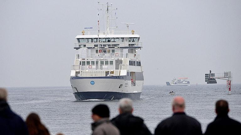 Ventrafikens färja Uraniborg på väg in till Skeppsbron i Landskrona. Foto: Johan Nilsson/TT