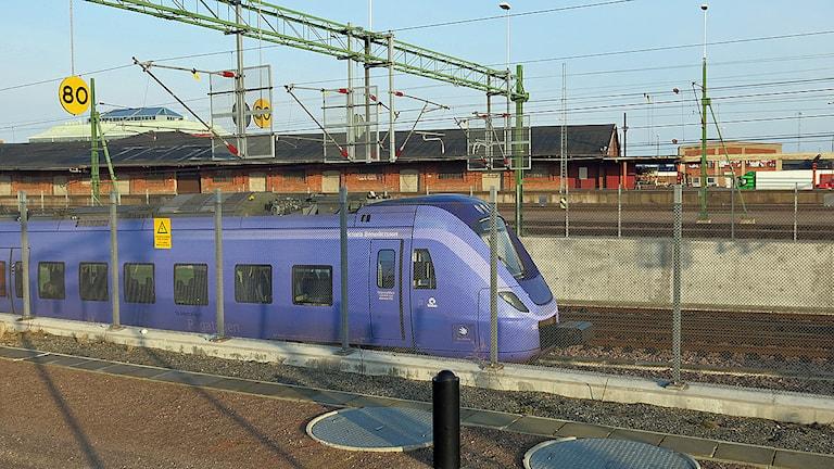 Ett pågatåg på väg ut från Malmö C. Foto: Karin Olsson-Bendix/Sveriges Radio