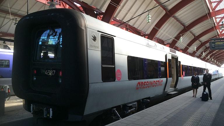 En bild på de nya tågen när de står på perrongen på Malmö C. Foto: Madeleine Fritsch -Lärka / Sveriges Radio