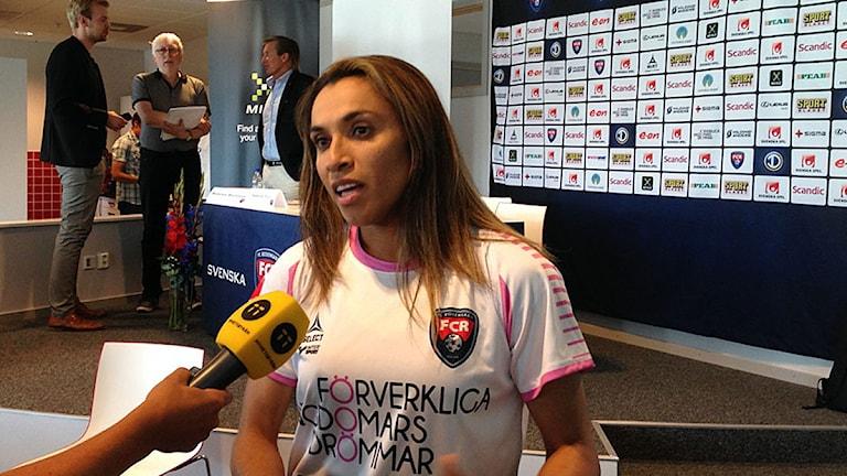 Marta Vieira da Silva på presskonferensen