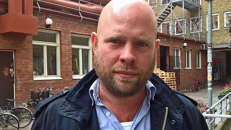 Anders Hansson, fotograf som skildrat flyktingar i en ny bok. Foto: David Richter/Sveriges radio