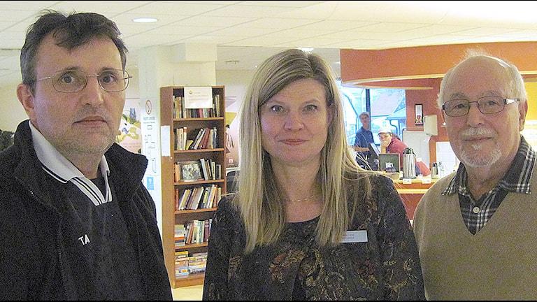 Haxhi Osmanaj, Anna-Carin Mortenlind och Mohamed Hélaoui. Foto: Bosse Johansson/Sveriges Radio