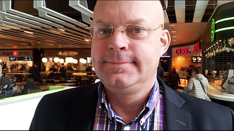 Niklas Blonér nöjd centrumchef på Väla. Foto: Anna Hanspers/Sveriges Radio