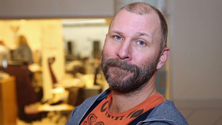 Kalle Lind med sin Tankefabrik. Foto: Jan  Wieslander/Sveriges radio