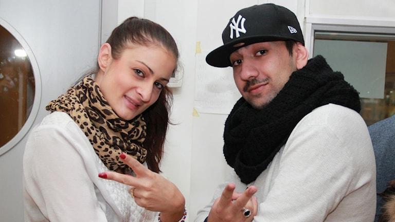 Mikaela Olsson och Damon Rajabi. Foto: Gun Bergbring/Sveriges Radio