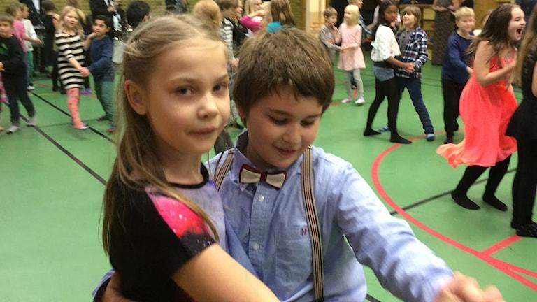 Dansande ungdomar. Nobelfest.Skola. Kävlinge.Foto: Anton Kalm/Sveriges Radio