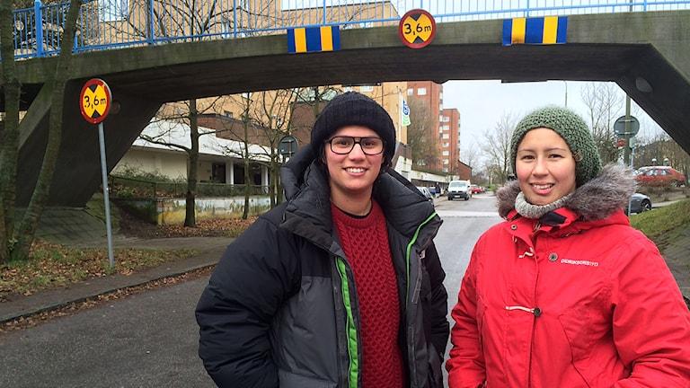Madeleine Romero och Mira Hourani från Kroksbäck i Malmö är två av grundarna av Akademiker från området. Foto: Dimitri Lennartsson/Sveriges Radio
