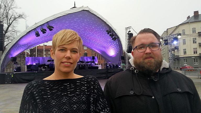 Camilla Gustavsson producent på operan och Erik Löfvander, projektledare, Malmö stad Foto: Malin Thelin/Sveriges Radio