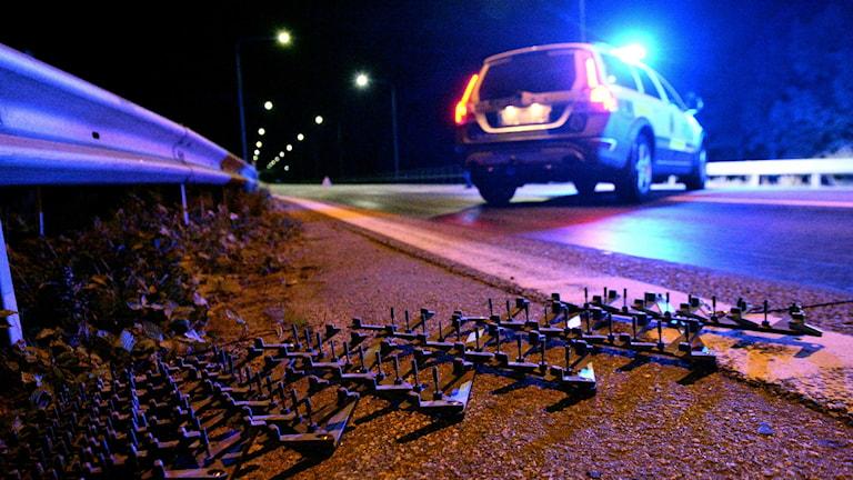 Polisen tvingades ta till spikmatta för att stoppa fordon