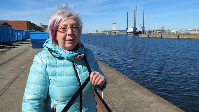 Almira Perdija i Industrihamnen i Malmö. Foto: Svjetlana Pastuhovic/Sveriges Radio