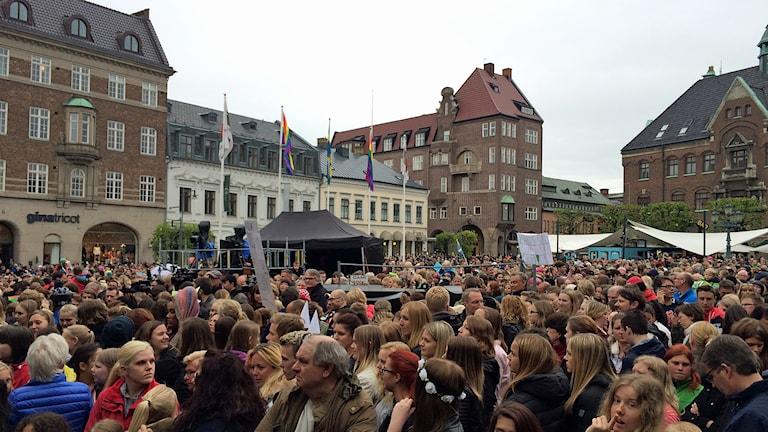 Stortorget i Lund under firandet av ESC-vinnaren Måns Zelmerlöw. Foto: Alexander Zeilon Lund/Sveriges Radio