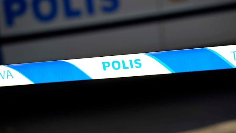 Polisens avspärrning vid en brottsplats. Foto: Fredrik Sandberg/TT.