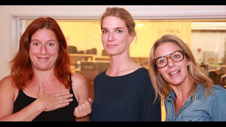 Anna Vilén från Sysav, omgiven av Madeleine Fritsch-Lärka och Ebba Granath. Foto: Lars Ekman/Sveriges Radio