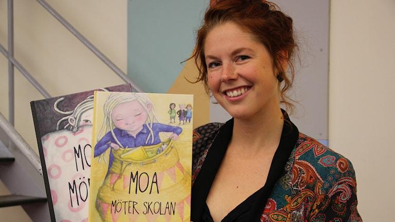 Författare och illustratör Johanna Rehn. Foto:Gun Bergbring/Sveriges Radio