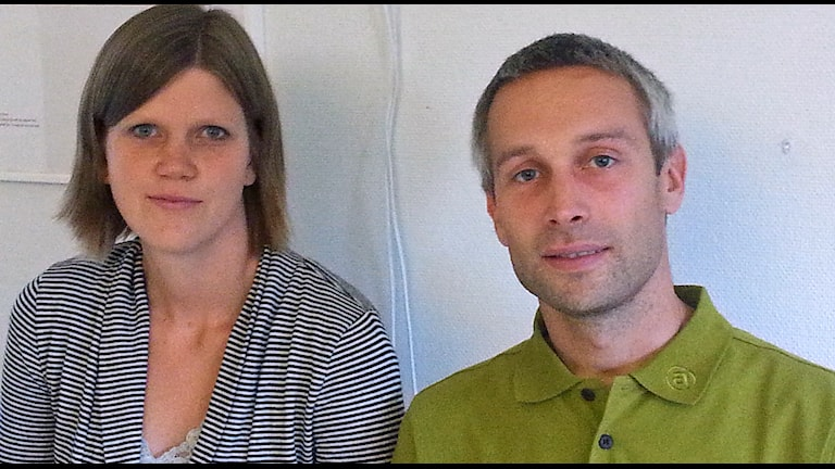Karin Krantz och Martin Facks är fackliga representanter på individ- och familjeomsorgen i Innerstaden i Malmö Foto: Malin Thelin/Sveriges Radio