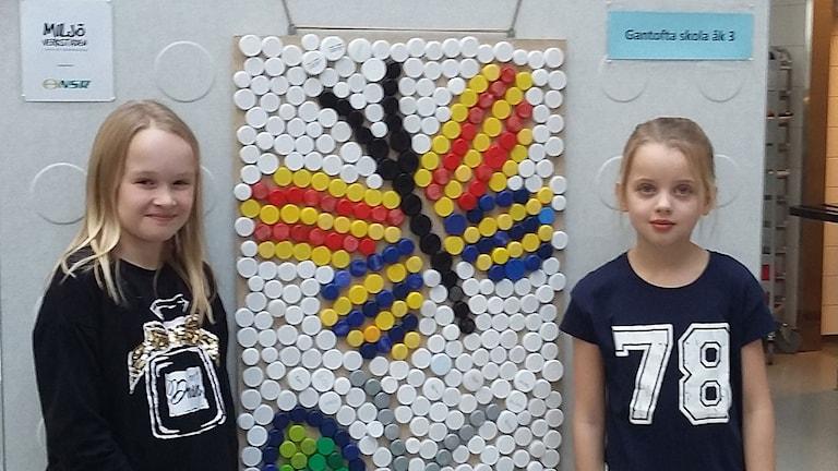 Tilda Zernell och Linn Tullberg Jagrell, klass 3 i Gantofta skola. Foto: Bosse Johansson/Sveriges Radio