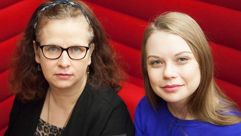Kim Grahn, gift med en före detta spelmissbrukare och Therese Andersson, socialförvaltningen i Lund Foto: Karin Olsson-Bendix/Sveriges Radio