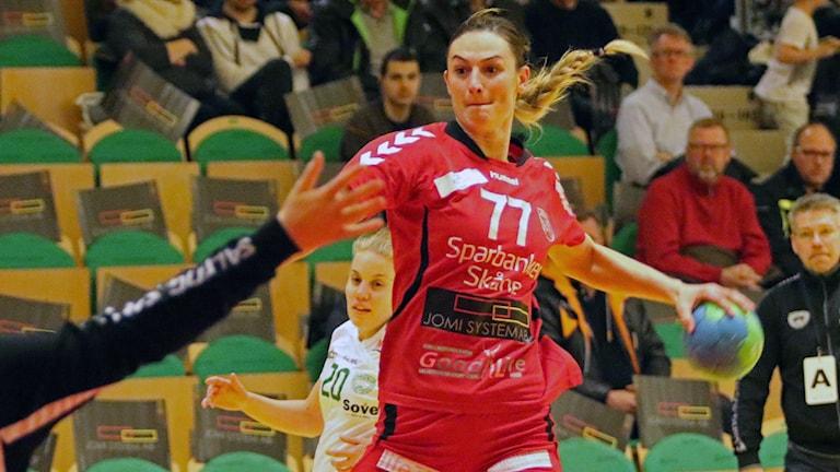 Jasmina Djapanovic, landslagsuttagen spelare i H65 Höör. Foto: Nils-Åke Åkesson.