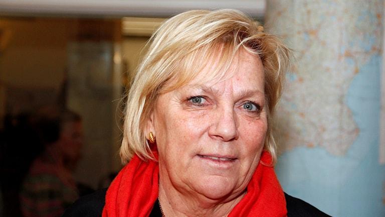 Stina Arosenius, anhörigkonsulent i Malmö stad och med om att ordna läger för unga med dement förälder. Foto: Hans Zillén/Sveriges Radio.