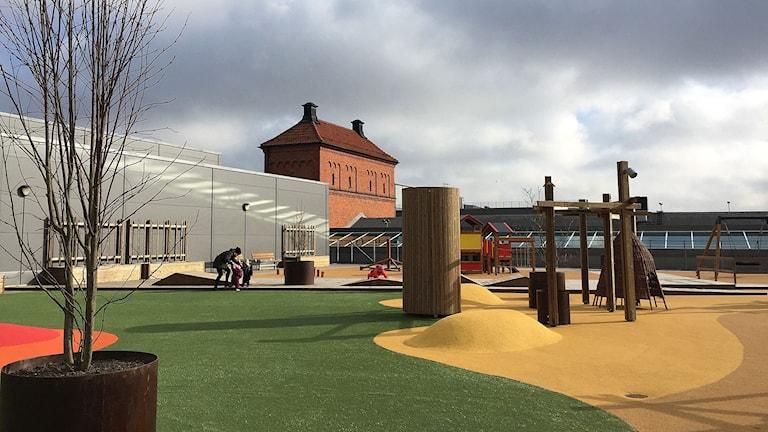 Lekplats på takförskolan.