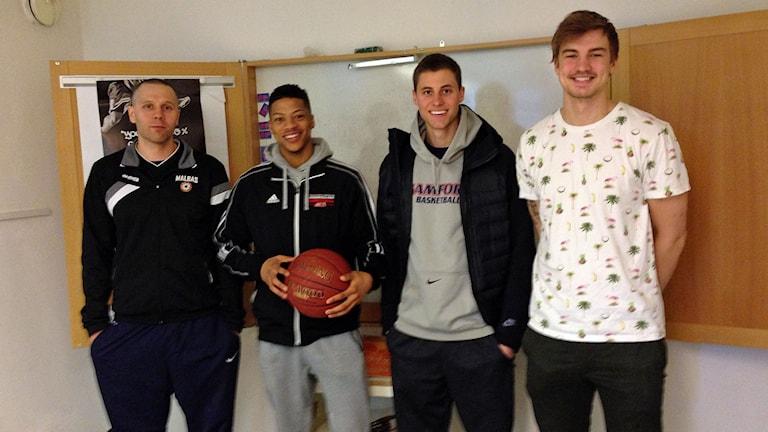 Henrik Svensson, Darion Rackley, Connor Miller och Fredrik Larsson.