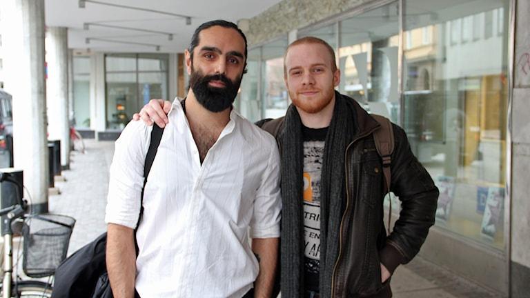 Navid Modiri och Tobias Swahn är samtalsaktivister.