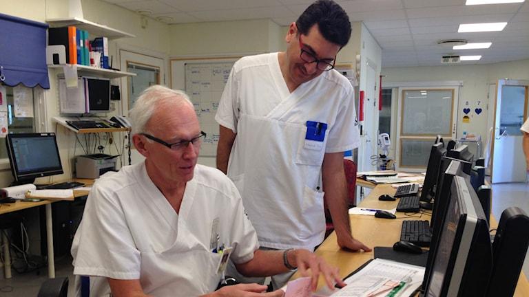 Överläkare Stefan Thorsén har handlett Mohammed Al-Rawi i över ett år. Häromveckan kom belöningen: en svensk läkarexamen.
