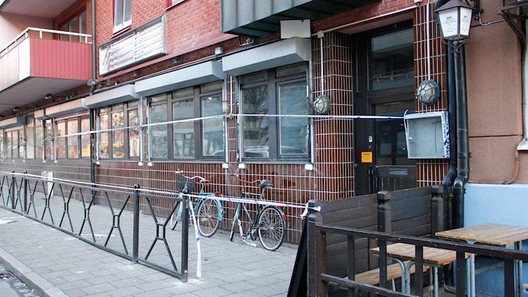 Restaurangen är avspärrad efter branden. Foto: Martina Greiffe/Sveriges Radio