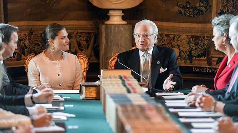 Kung Carl Gustaf håller konselj på torsdagen och meddelar namnet på prins Carl Philips och prinsessan Sofias nyfödde son. Foto: Henrik Montgomery/TT