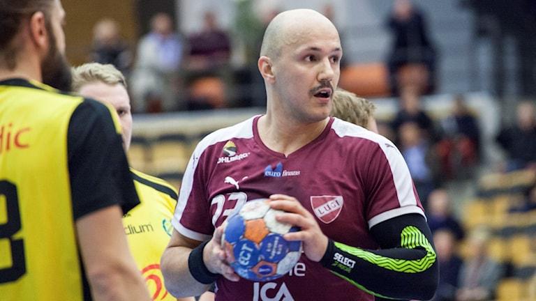 Zoran Roganovic, handbollsspelare i Lugi. Foto: Karin Olsson-Bendix/Sveriges Radio.