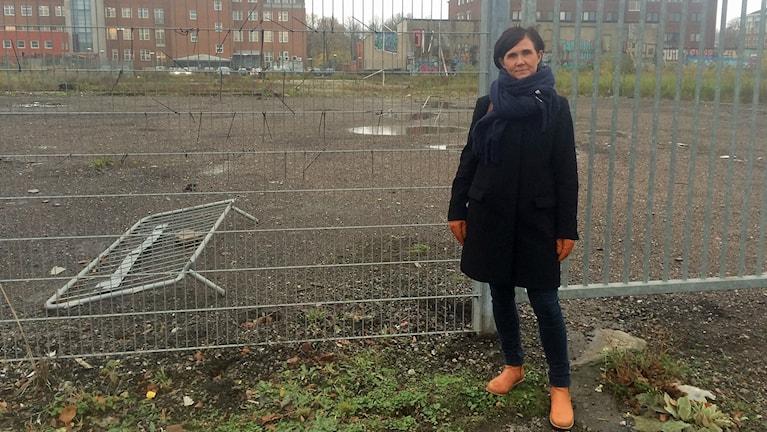 Märta Stenevi (MP), kommunalråd, ser stor potential i området. Foto: Anna Landelius/Sveriges Radio